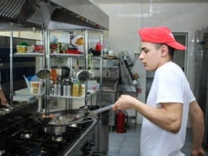 How to maintain kitchen equipment