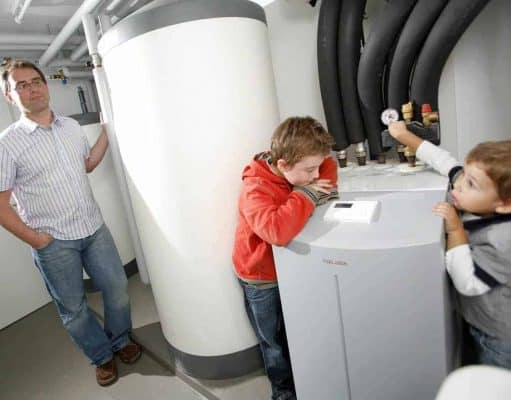 Difference between a heat pump and forced air