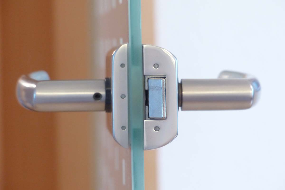 Top 6 Best Sliding Glass Door Lock: Review And Buying Guide