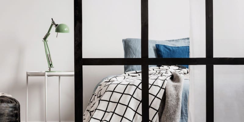 How to Divide a Bedroom into Two Rooms