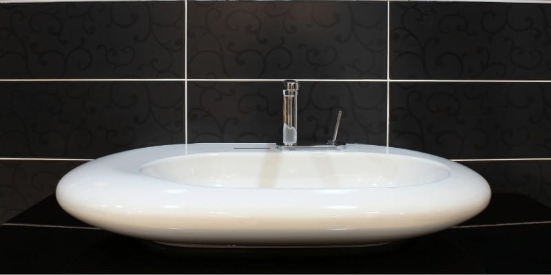 How to Fix a Cracked Bathroom Sink