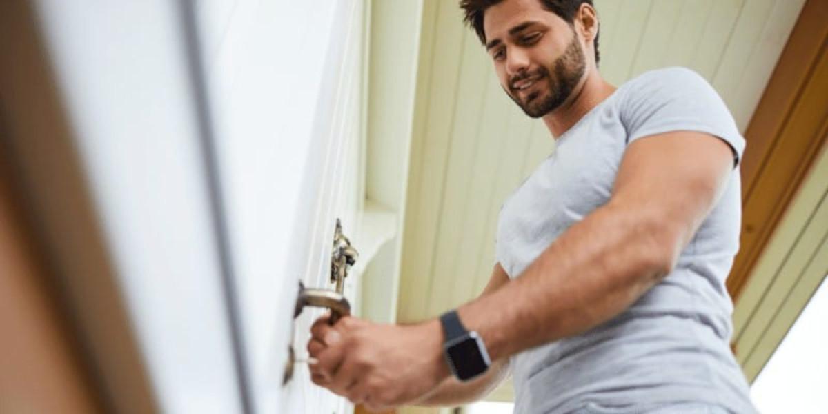 How to unlock bathroom door twist lock
